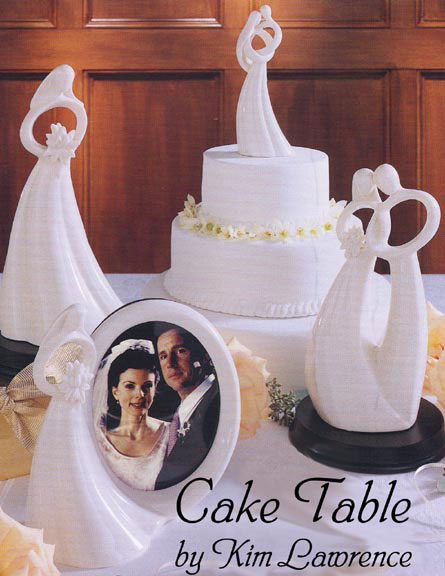Guttenberg ia wedding cakes